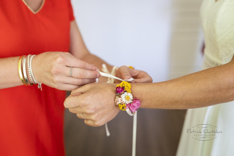 Bracelet de fleurs séchées pour Mademoiselle
