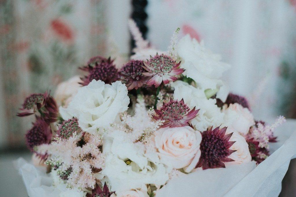 Passion fleurs de saison avec Serre Sauvage pour le bouquet de mariée